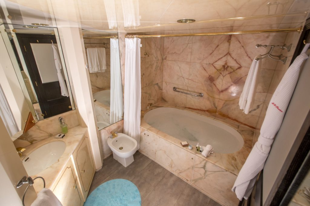 Passion master suite bathroom