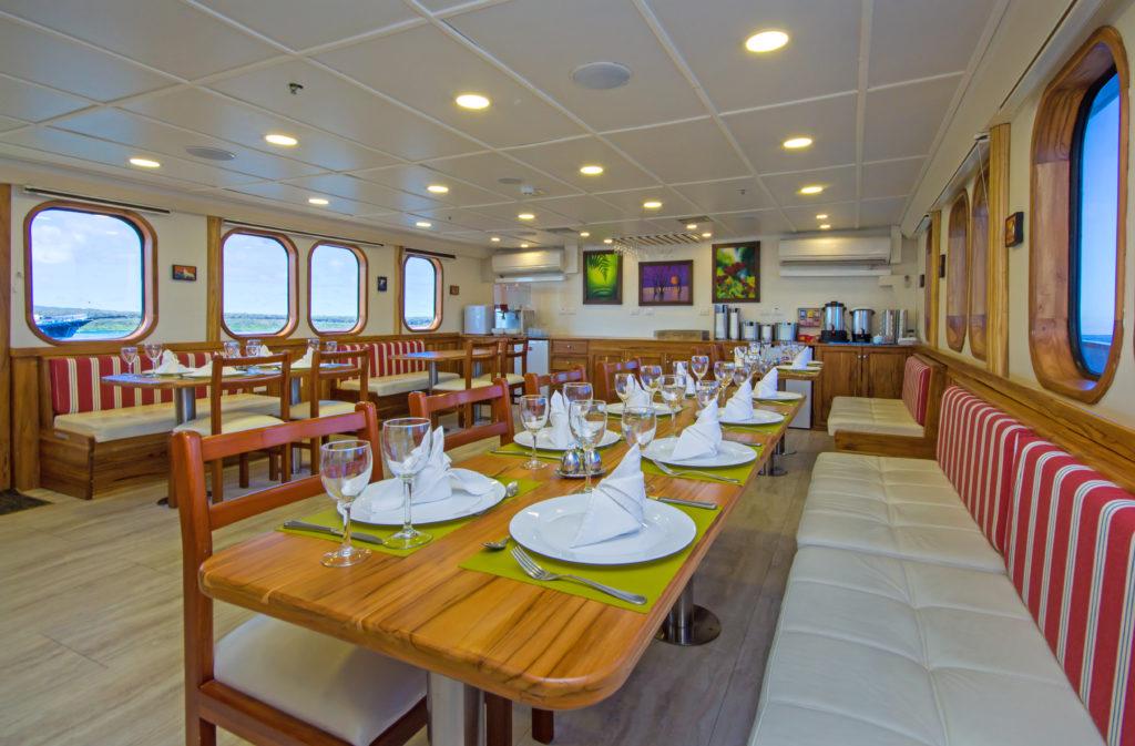 Tip Top IV dining room