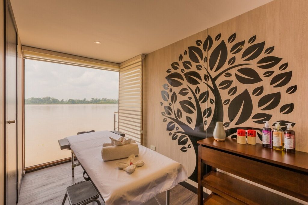 Spa First-class Amazon River Cruise