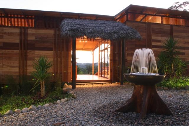Luxury Tena Amazon Lodge