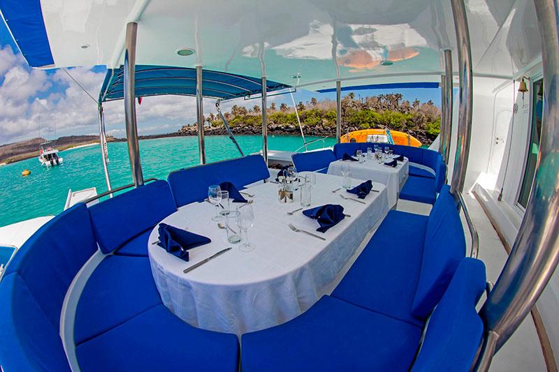 Nemo I Al fresco Lounge