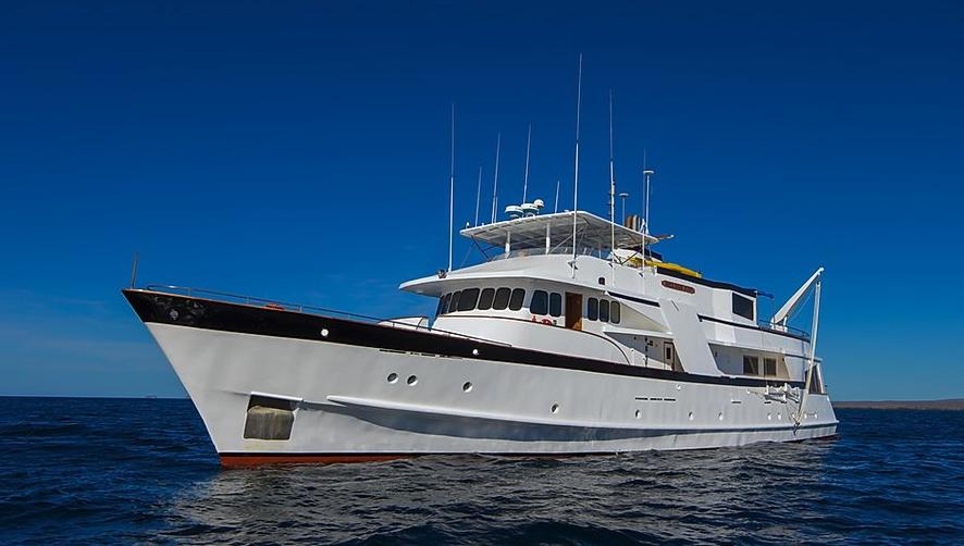 Beluga fantastic 8 Day Galapagos Itineraries