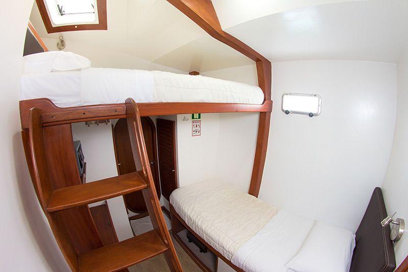 Nemo II Comfortable Galapagos Cruise